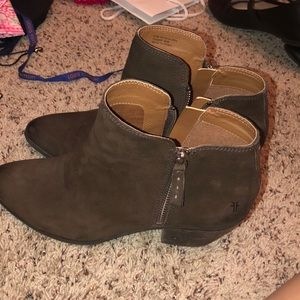 Frye ankle boots 9.5